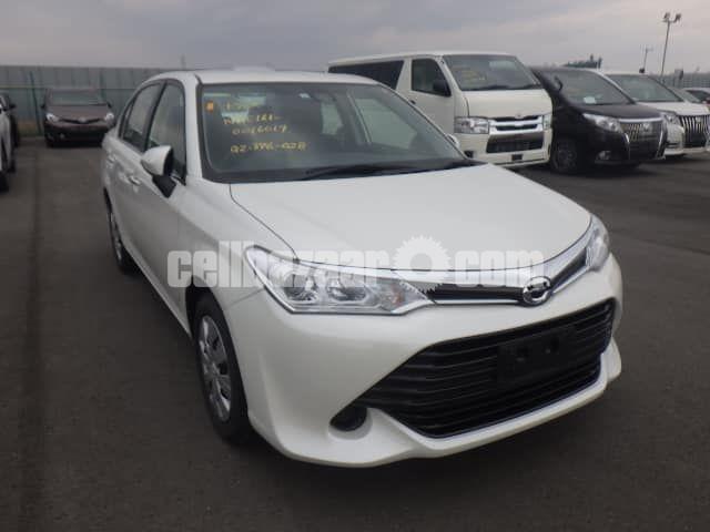 Toyota Axio 2015 Hybrid - 1/3