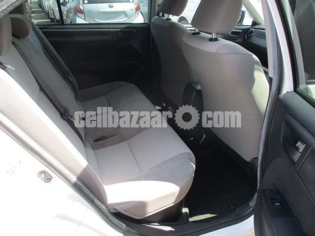 Toyota Axio 2015 Hybrid - 3/3