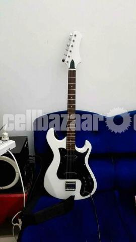 Electric guitar - 1/1