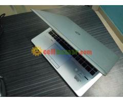 HP Folio i5 slim laptop