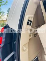 Toyota Prado 2018 - Image 2/5