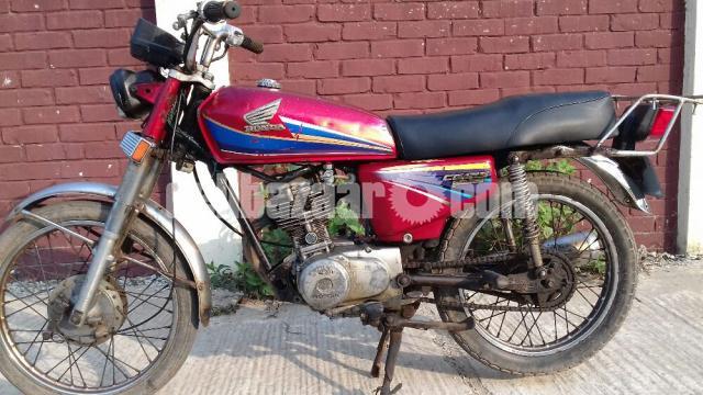 Honda CG 125 - 8/10