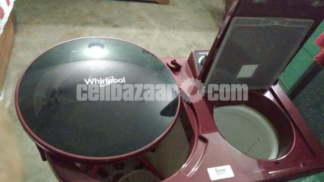 Whirlpool 9.5 kg Semi-Automatic Top Loading Washing Machine - 4/5