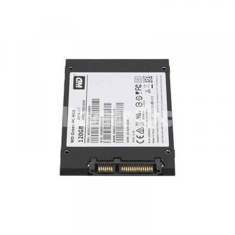 Western Digital WD Green 120GB SSD - 8/10