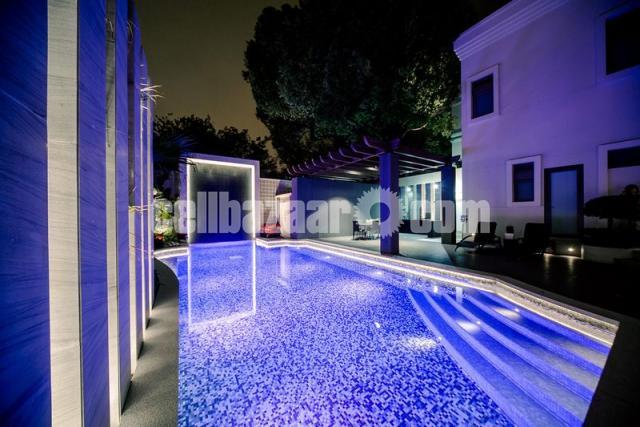 Swimming Pool Underwater Lights - 6/8