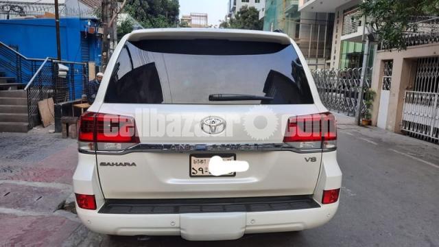 Toyota Land Cruiser VX V8 2016 - 5/6