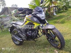 Honda hornet especial edition 2020 - Image 6/8