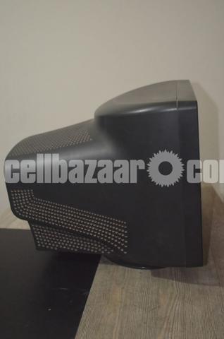 Samsung SyncMaster 798MB Plus - 2/5