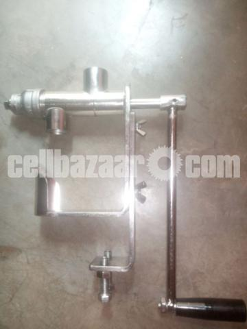 Manual oil press - 2/4
