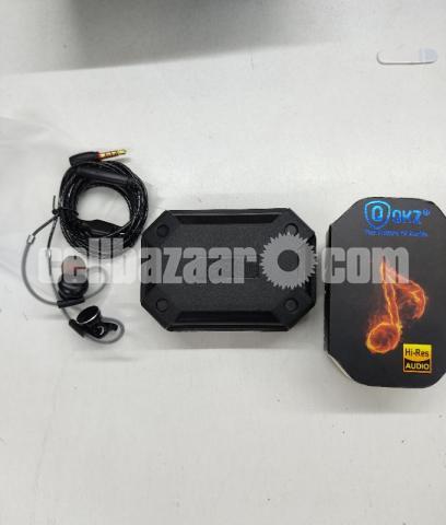 QKZ DM10 Metallic Earbuds Stereo Earphones(Intact) - 1/2