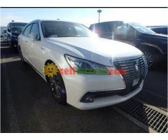 TOYOTA CROWN G ROYAL SELLON BEIGE INT PEARL 2013 - Image 1/5