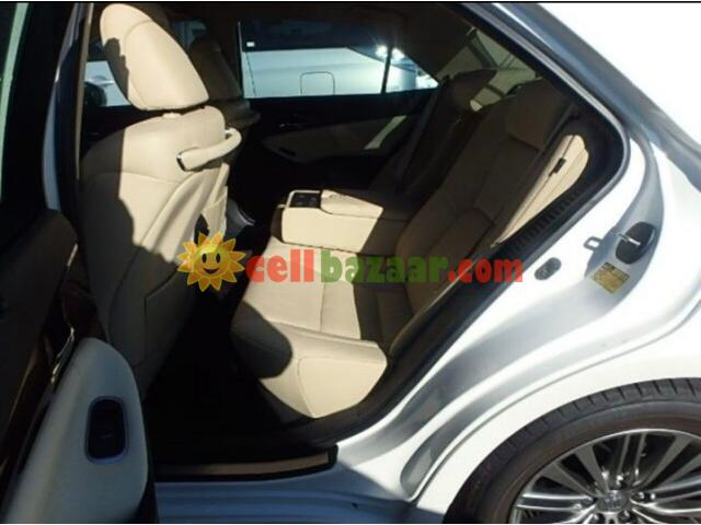TOYOTA CROWN G ROYAL SELLON BEIGE INT PEARL 2013 - 5/5
