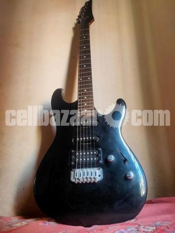 Ibanez guitar+ Blackstar amp combo - 1/5