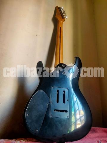 Ibanez guitar+ Blackstar amp combo - 3/5