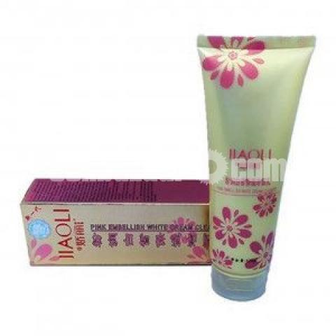 Jiaoli Exquisite Pore Facial Cleanser - 1/2
