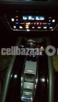 Honda Vezel Z Hybrid 2014