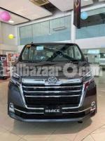 Toyota Hiace 2021