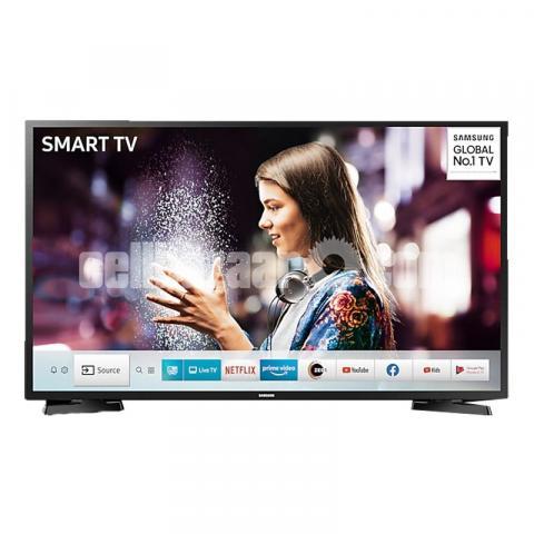 Samsung 32'' T4700 Voice Control Tizen LED Smart TV - 1/2