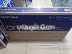 "Samsung TU8100 43"" 4K Crystal UHD Voice Control Smart TV"
