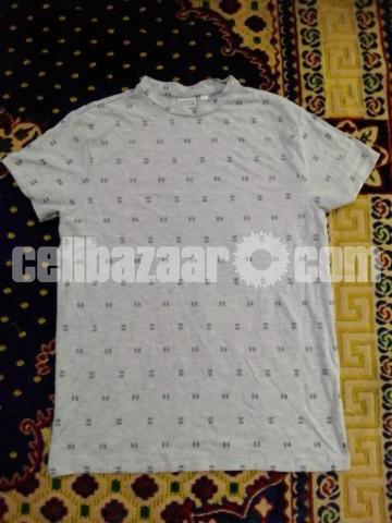 T-shirt - 6/10