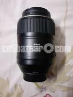 Nikon AF-S VR Nikkor-Micro 105mm f/2.8G IF-ED Lens