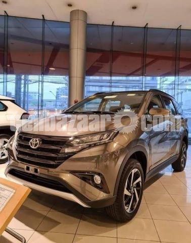 Toyota Rush 2021 - 1/2