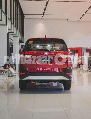 Toyota Rush 2021 - 2/2