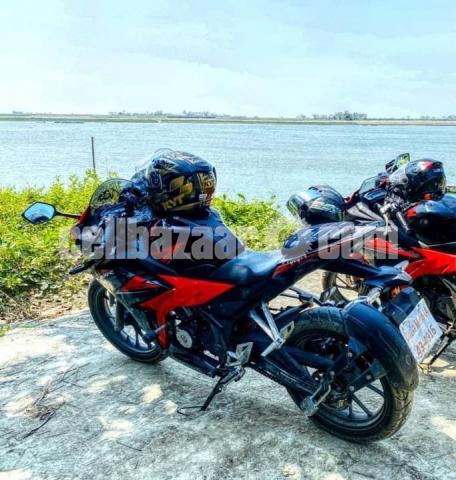 Honda CBR 150R - 4/4