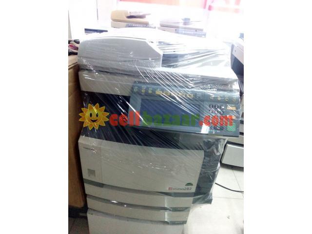 Toshiba 280 Digital Photocopier - 1/1