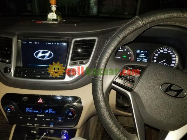 Hyundai Tucson Smart Android TV - 1/5