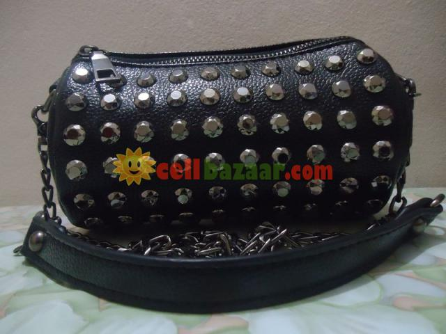 Ladies Bag - 3/4