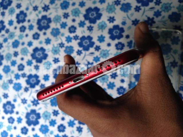 Apple iPhone 7plus RED - 4/5