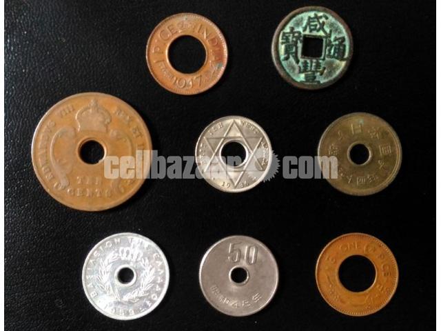 Hole Coin - 1/2