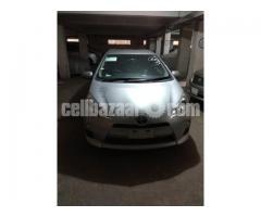 Toyota   AQUA  Hybrid 12