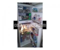 Toshiba 12.5cft refrigerator