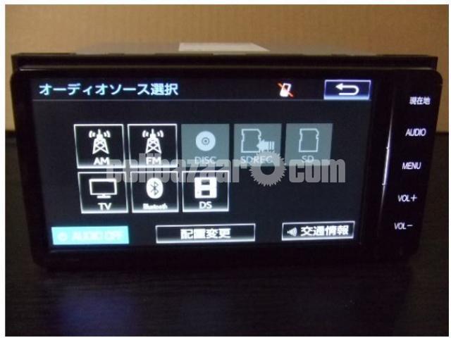 Toyota NSZT W62 - 1/5