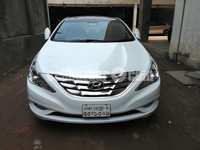 Hyundai Sonata Sunroof 2012 - 1/5