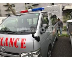 HIACE GL AMBULANCE