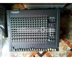 like new Samson 22 Chanel mixer