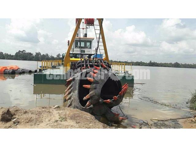 Bangladesh 18inch Cutter Suction Dredger For River Dredging In Stock - 1/3