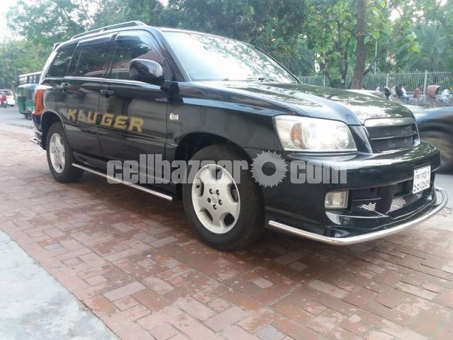 Toyota Kluger 2003 - 2/4