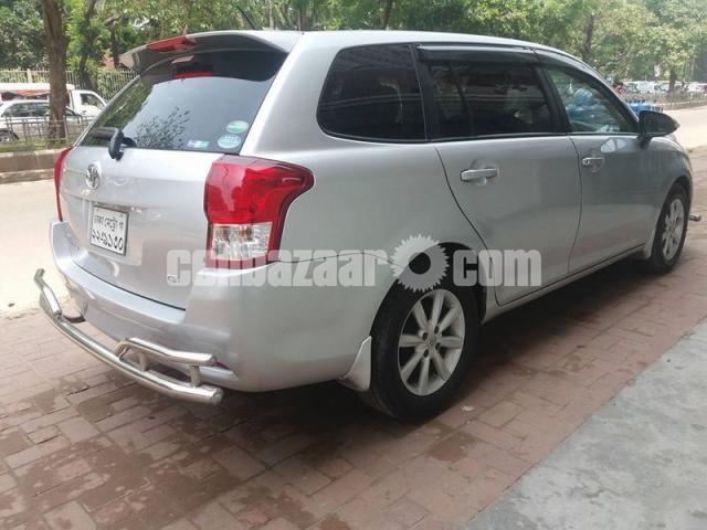 Toyota Fielder G Ltd. 2013 - 3/5