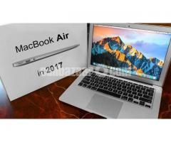BRAND NEW SEAL PACK MacBook Air-2017,