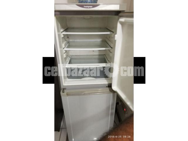Transtec Freshgreen Refrigerator-220L (used) - 2/5