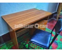 Reading Table and Chair