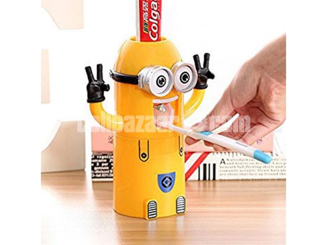 Minions Brush Holder - 1/5