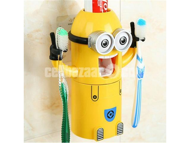 Minions Brush Holder - 4/5