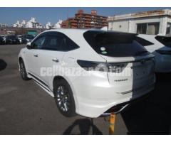 TOYOTA HARRIER PEARL - Image 4/5