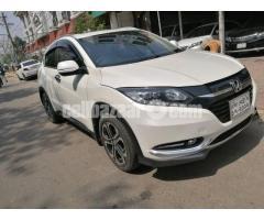 Honda Vezel S- Package 2014 - Image 2/5