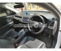 Honda Vezel S- Package 2014 - Image 3/5